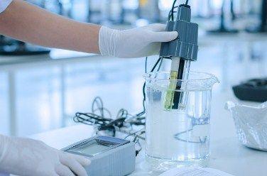 نحوه استفاده از مواد شیمیایی آزمایشگاهی